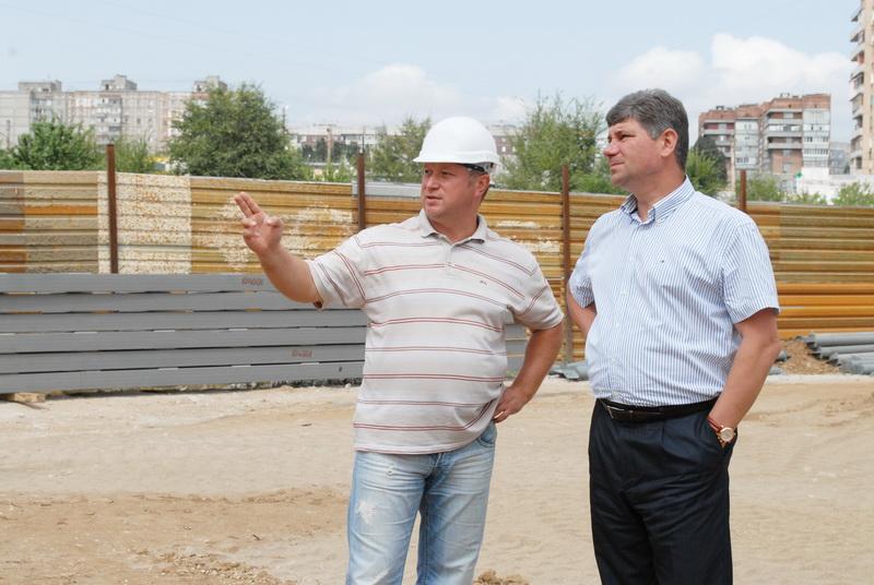 Анатолий Рагулин: ни одна приличная строительная компания не возьмётся за дома на Головковской