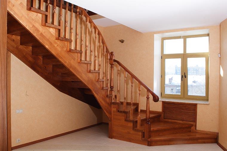 Сборка деревянных лестниц