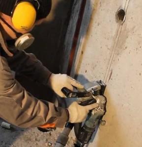 штробление бетонных стен под проводку