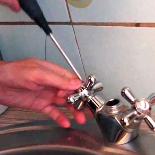 Как починить кран на кухне своими руками?