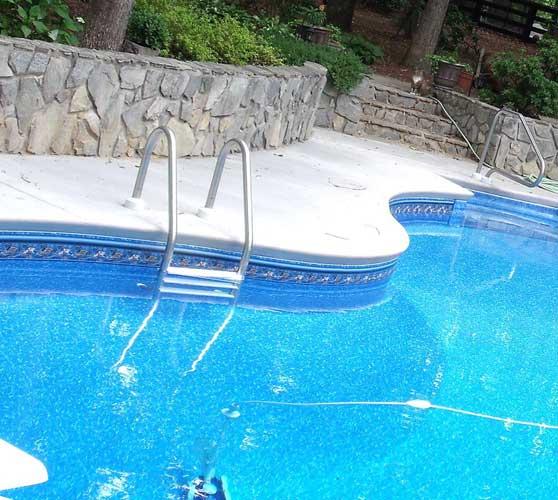 Капитальный бассейн на даче