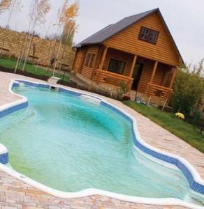 Какой бассейн установить на даче
