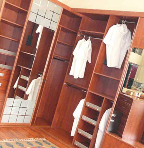 Вместительный шкаф гарантирует порядок в доме