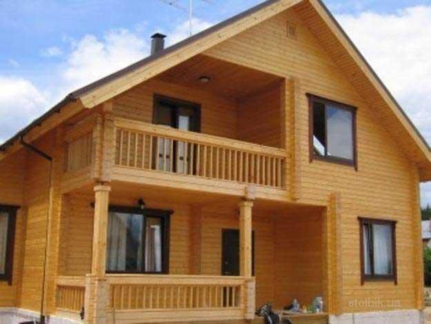 Дома из бруса: особенности строительства и преимущества