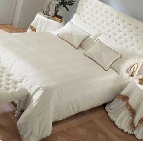 Чем отличается «ложе» от «спального места»?
