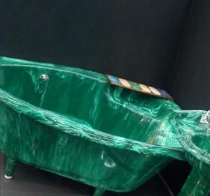 Преимущества ванн из литьевого мрамора