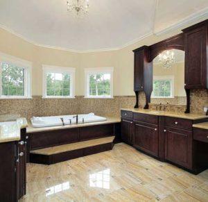 В каком стиле оформить просторную ванную